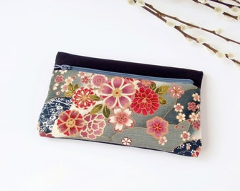 Case / padded pouch (Japanese cherry/noir_gris_beige patterned fabric)