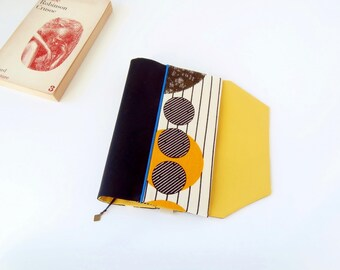 Protects-pocketbook adjustable fabric with bookmark (African fabric / noir_blanc_jaune)
