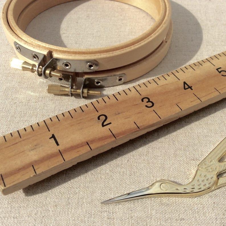 Mini embroidery hoop 4 inch Embroidery Hoop Small Wooden Embroidery Hoop Wooden embroidery hoop.