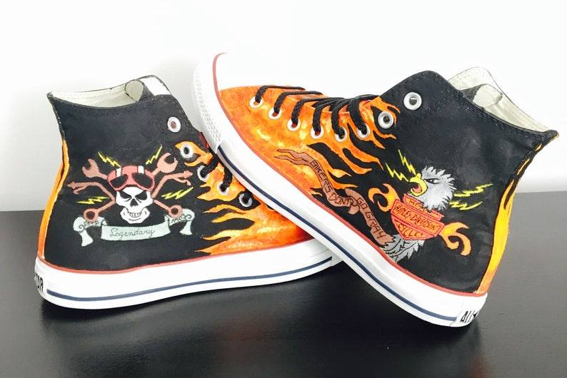 dd66c1e4f849 Converse customized Harley Davidson