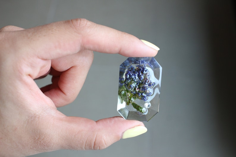 Blue Flower Lapel Pin ~ Bouquet's Pin ~ Crystal Flower Brooch ~ Floral  Badge ~ Wearable Art ~ Gift For Gardener ~ Backpack Pin ~ Jacket Pin