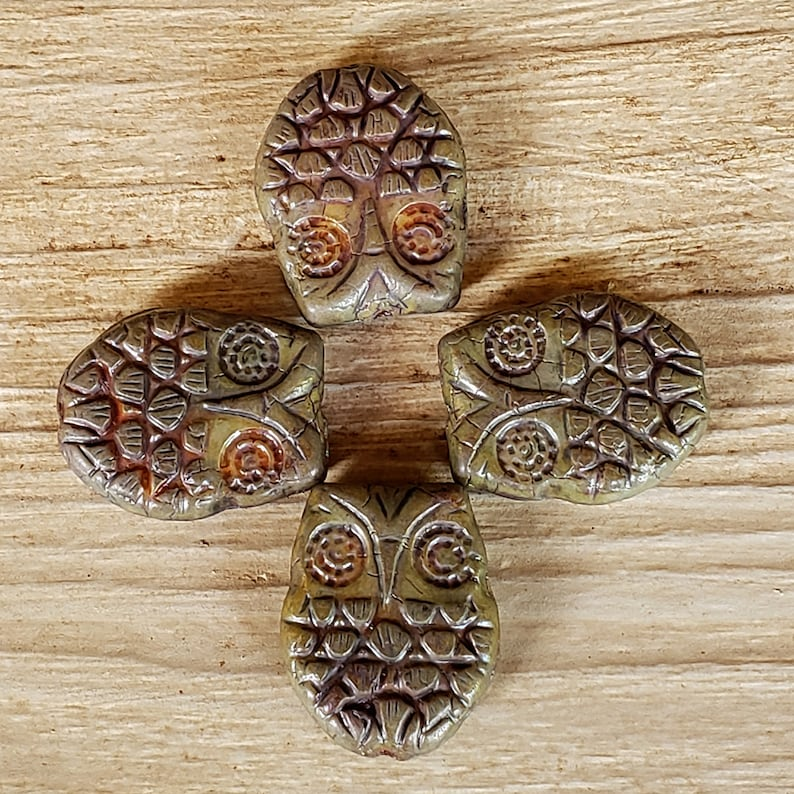 0924 4 pieces Pressed Premium Horned Owl 18x15mm Czech Glass Beads Avocado with Picasso Finish