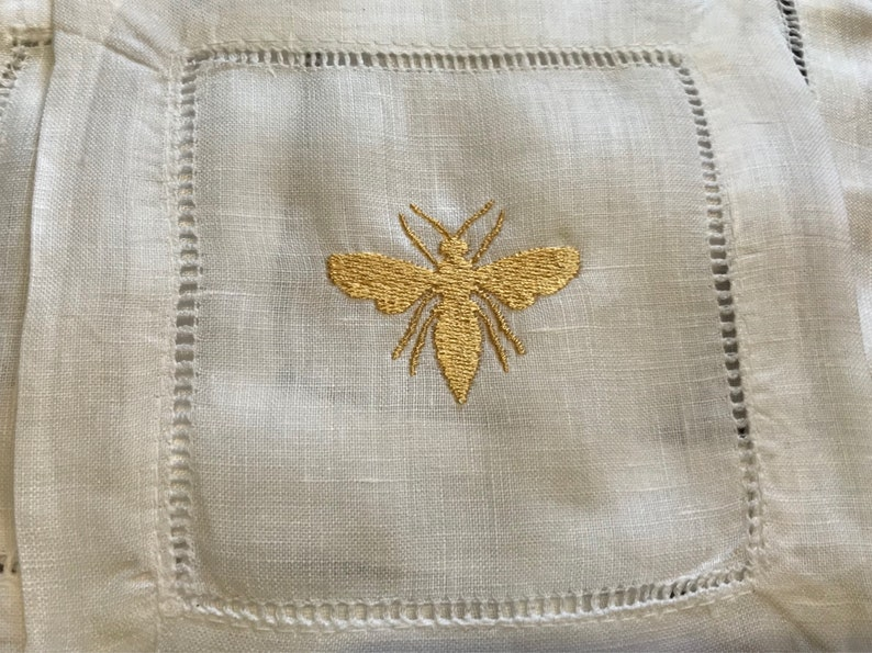 Linen Napkins Ready to Ship Bumble Bee Embroidered Cocktail Napkins Hostess Gift Cocktail Napkins Coasters 4 Pack Wedding Gift