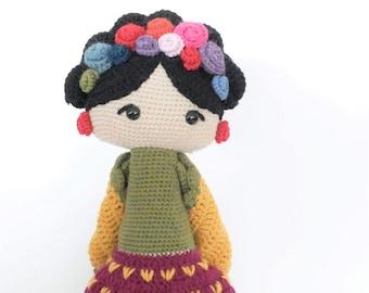 Frida Kahlo doll woolen / Frida Kahlo Amigurumi Doll