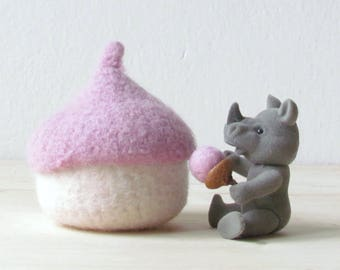 waldorf toy   Felt acorn bowl, eco friendly toy, pink Tooth fairy pillow for girl, nursery decoration, baby shower gift, imaginative play