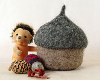 Felted acorn bowl / eco friendly toy / waldorf toy / Grey and camel / fairy house / gnome home