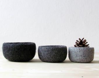 Wool anniversary felted bowls, 7th anniversary gift, little storage baskets, Scandinavian modern decor, Hygge decor, eco friendly gift