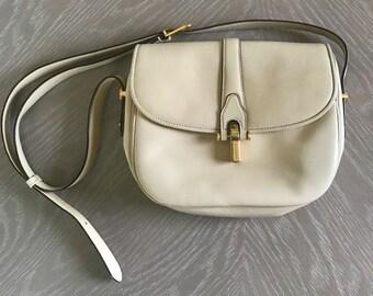 c3e23960603 Vintage GUCCI Bag