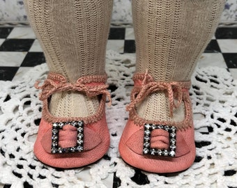 """Leather doll shoes 6,6 cm  -  2  5\8  """"  German style for an antique doll candy pink with strass stones ."""