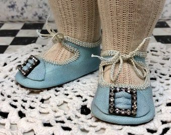 """Leather doll shoes 6,6 cm  -  2  5\8  """"  German style for an antique doll sky blue with strass stones ."""