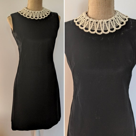1960's lace collar velvet dress - image 1