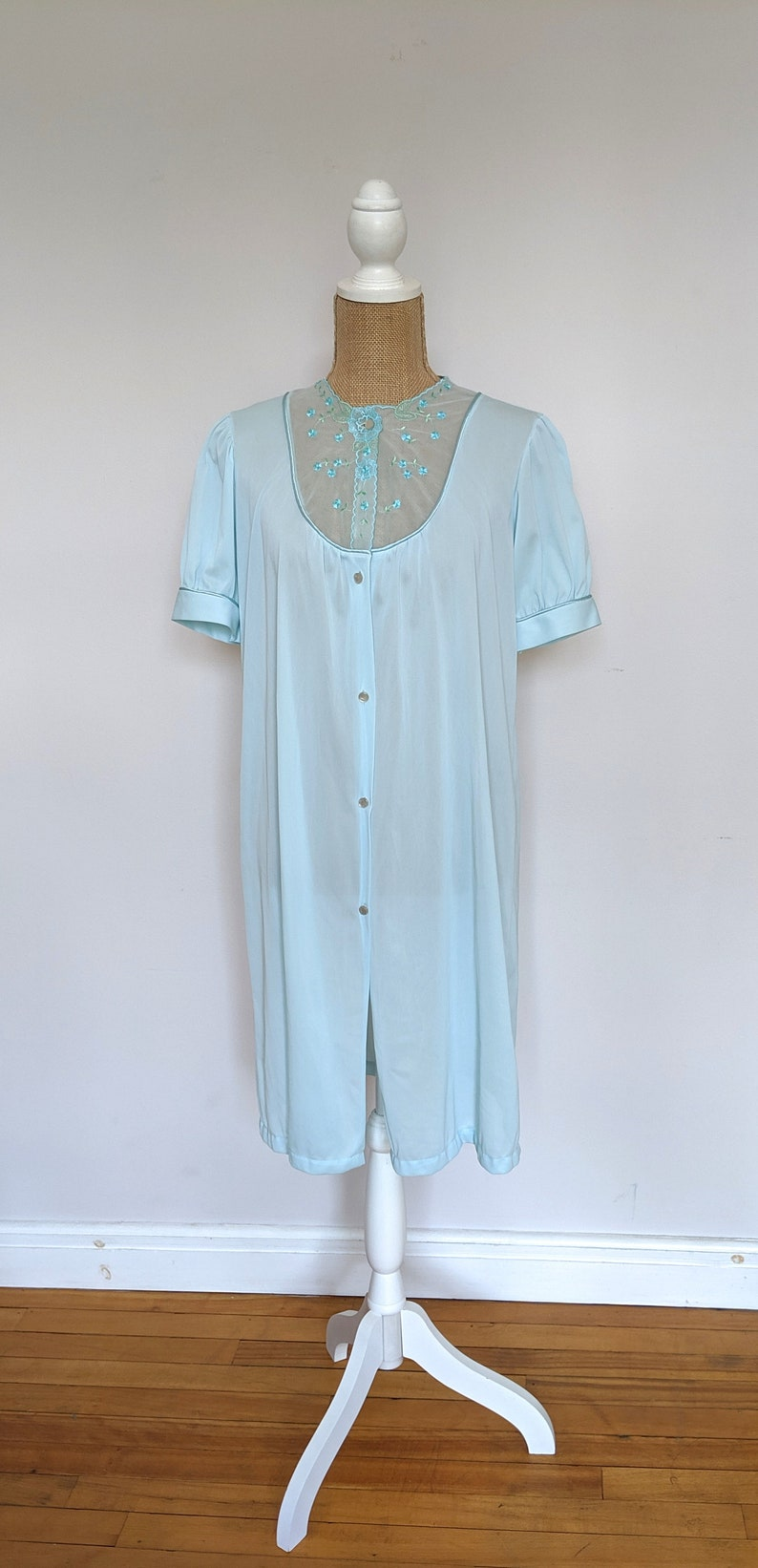 1960/'s blue green nylon nightdress
