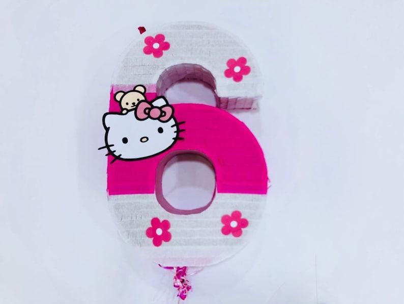be83cb2c76 Hello Kitty Piñata