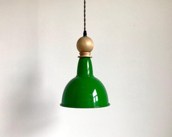 Luigi - Upcycled lighting - Pendant light - green metal and ligth wood