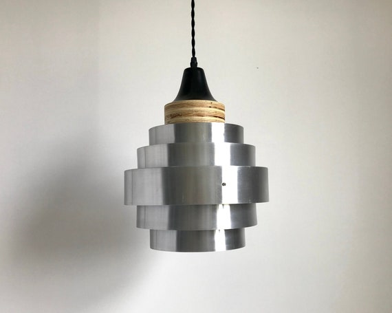 Lou - Upcycled lighting - Pendant light - Silver and black metal and ligth plywood