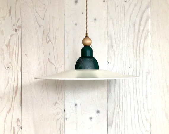 Irene - Upcycled lighting - Pendant light - Off white and forest green metal and blond wood