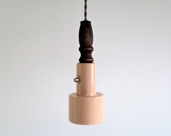 Rosaline - Upcycled lighting - Pendant light - Light pink metal and turned wood