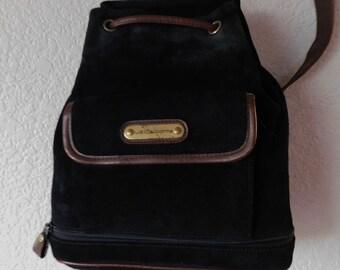 8015e1bfbc14 Rare vintage Liz Claiborne women s black suede backpack functional size S