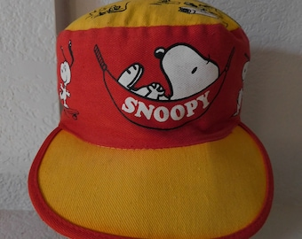 668e2da8899 Vintage Snoopy collectible hat 1971 s red yellow black white all Snoopy  characters one size