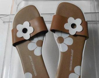 e78f97e72 Montego Bay Club women s slip-on sandals tan white flower design made in  Brazil size 6