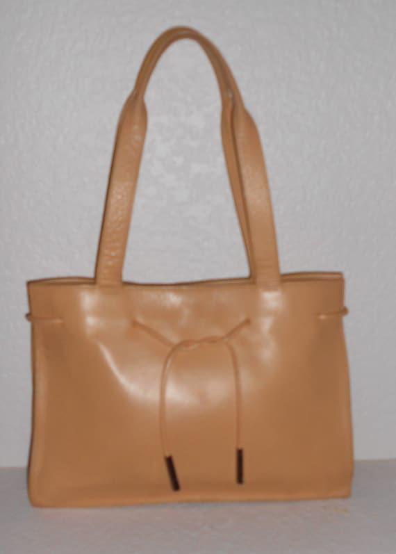 681025b5b429 Liz Claiborne peach color leather shoulder bag