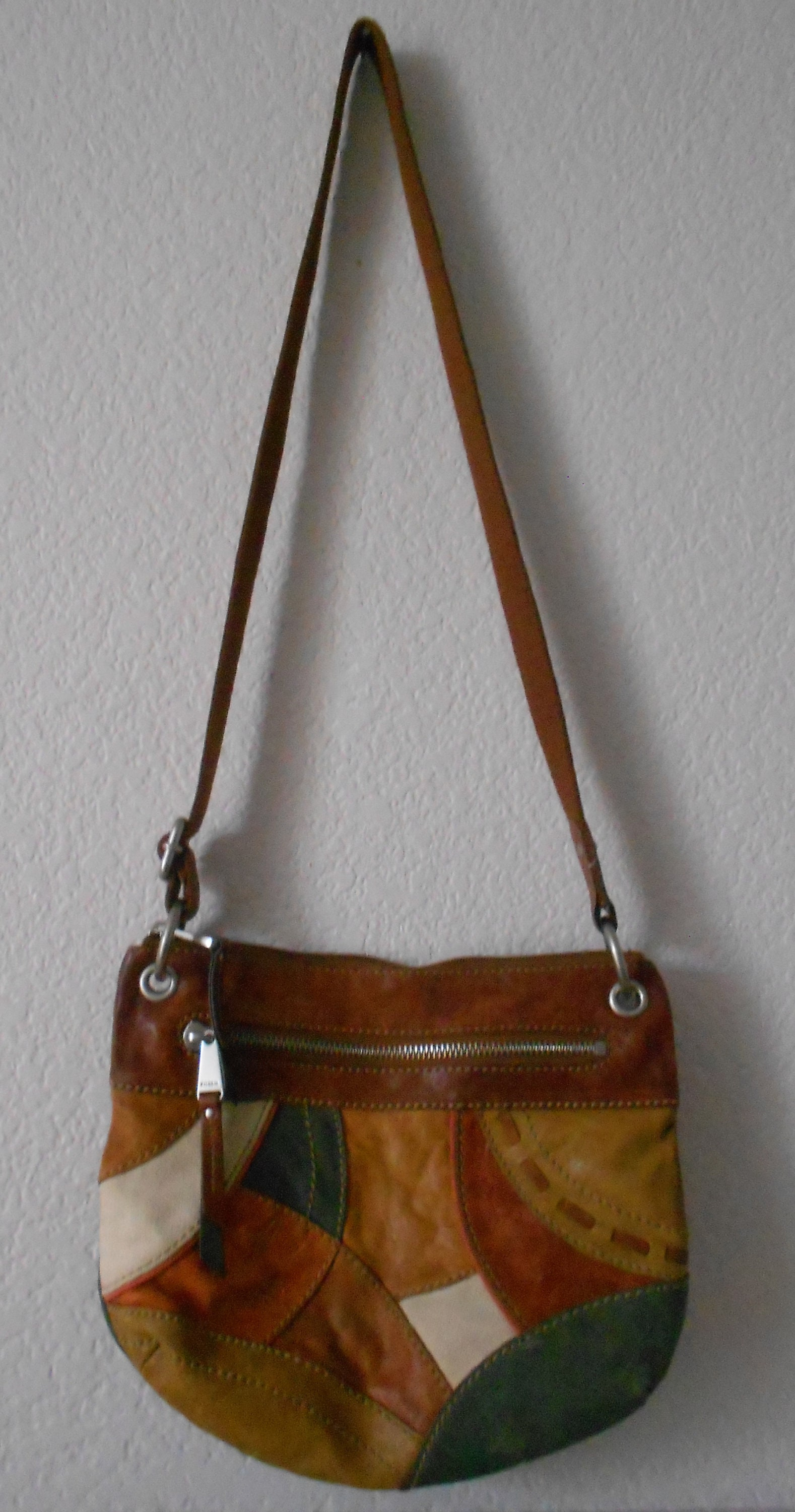 Ladies Leather Patch Handbag with Dual Zipped Compartments /& Adjustable Strap