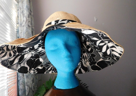 vintage wide brim sunhat/black white floral ribbo… - image 1