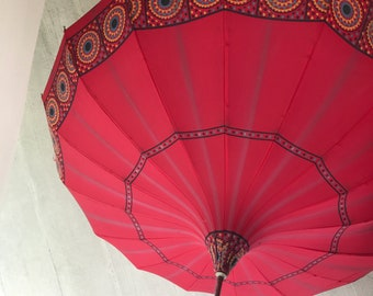 19th Century to 1920's Working Parasol Pagoda