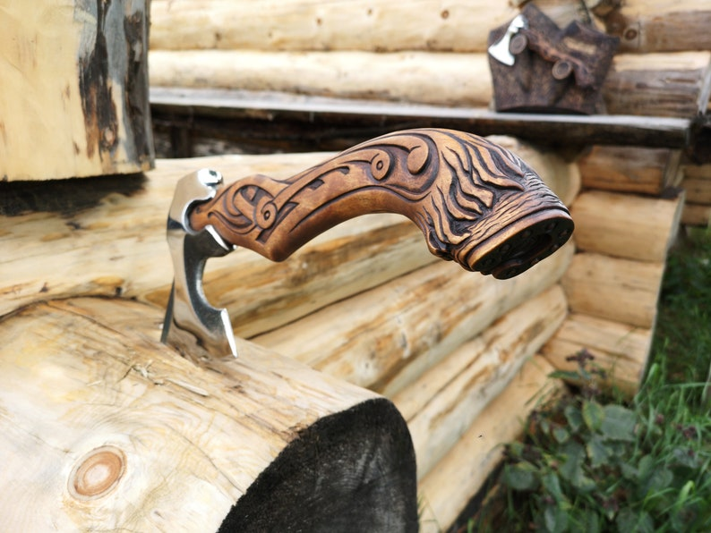 wood carvingViking gear camping WeaponsHunting gift the Axe author's amerindianhoofmustanga to trophyThe manthe F1uTclK3J