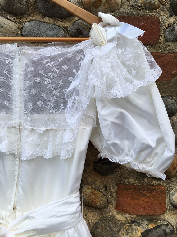 Vintage 80s puff sleeve wedding dress