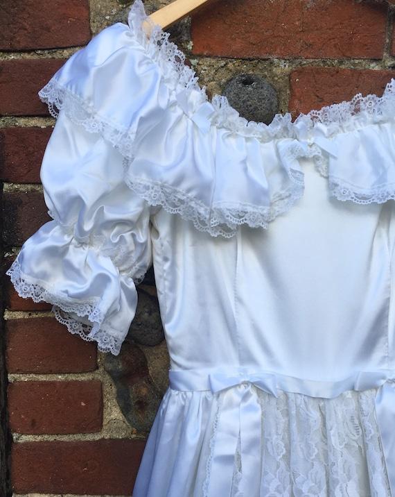 Vintage 80s puff sleeve wedding dress - image 9