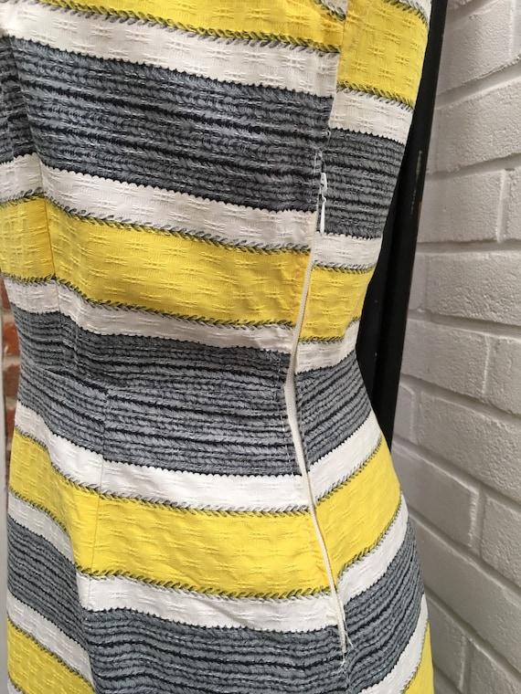 Vintage 50s/60s novelty print dress - image 6