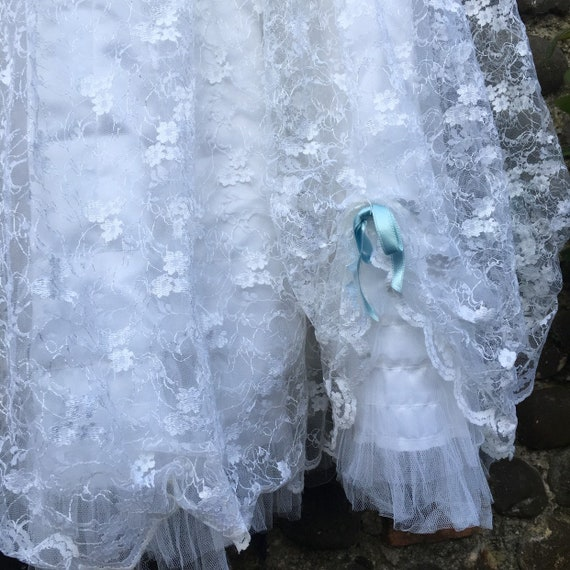 Vintage 80s lace puff sleeve  wedding dress