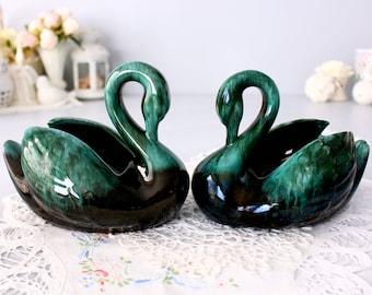 Mint Green Speckled Vintage Green Ceramic Swan Unmarked MCM Modern Clean Shape Curved Neck 10