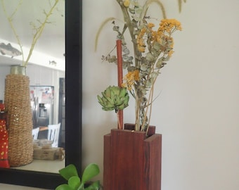 Reclaimed Cedar Dried Flower & Vase