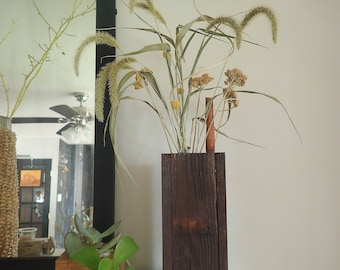 Reclaimed Cedar Dried Flowers & Vase