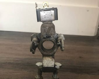 Welded Robot Welded Art Sculpture Bolts and nuts