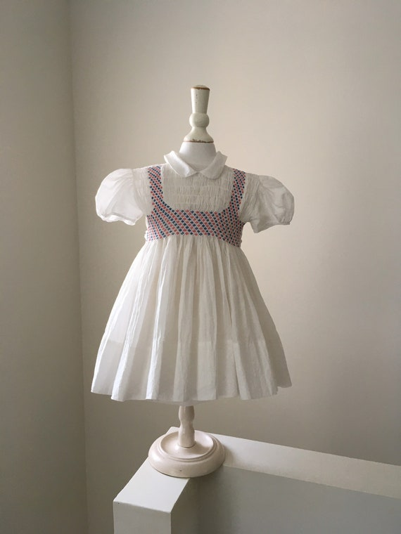 Vintage 50s baby girl adorable white dress with ha