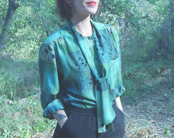 Vintage 80s blouse s 90's Green patterned blouse shirt