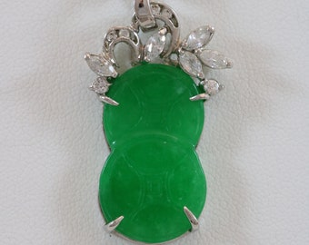 Gold Tone Green Nephrite Jade Cluster Pendant 21 Lobster Claw Clasp Necklace Drop Post Earrings Parure Set