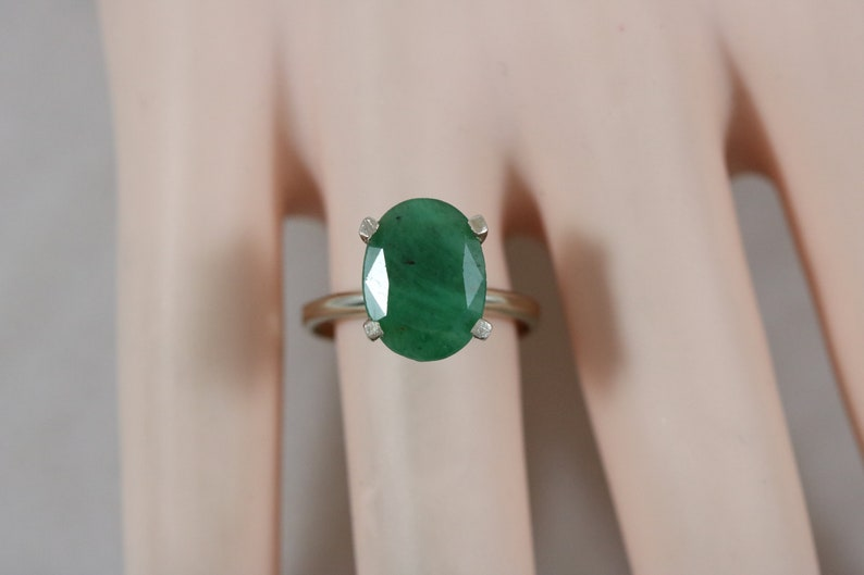 14k White Gold 13x9mm Oval Cut Faceted Green Nephrite Jade Ring Size 7.75 4g