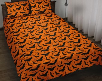 Bats and Stars Quilted Bed Set, Halloween Quilt, Halloween Bedding, Spooky Quilted Bed Set, Gothic Bedding, Bat Quilted Bedding