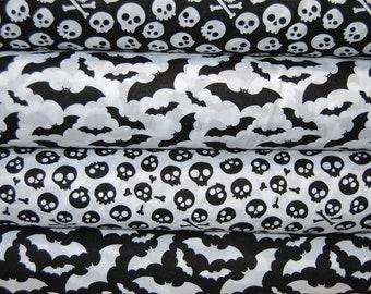 White Polycotton Fabric with Trendy Black /& White Pandas Per Metre
