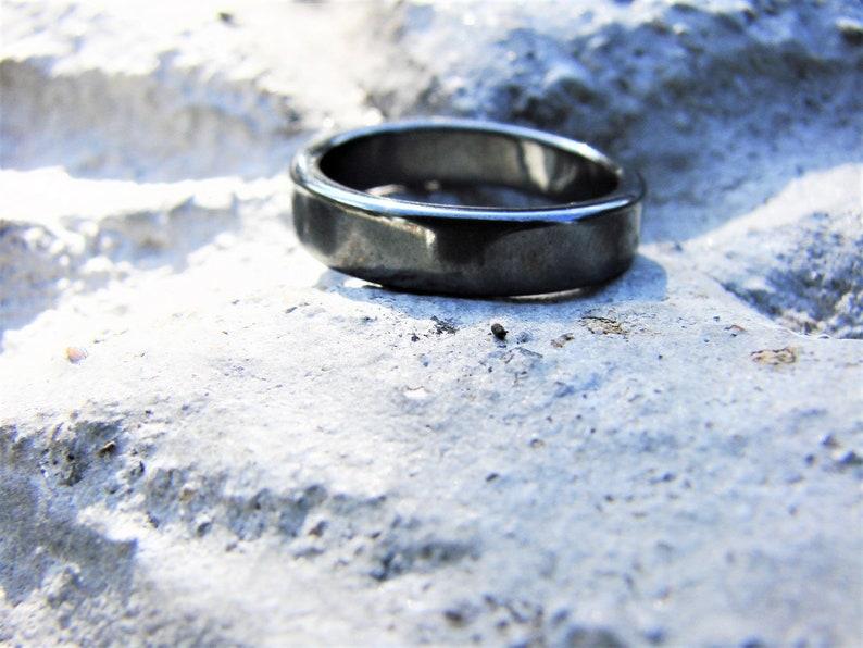 Crystal Healing Energy Ring Hematite Minimalist Male Unisex Gemstone Balancing Energy Grounding and Clarity Root chakra Thumb ring