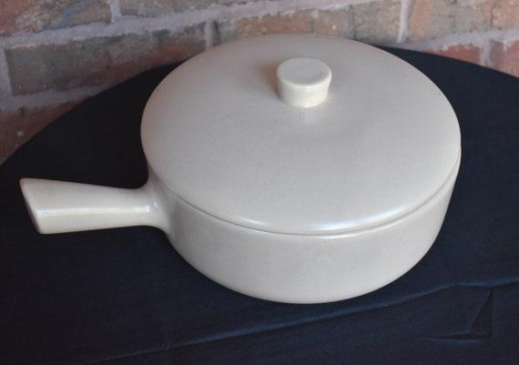 Large Mid Century Mauve La Solana Pottery Casserole Pan 4-Cup