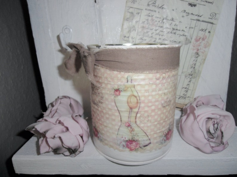 Utensilo in Shabby Chic Charm for the sewing room
