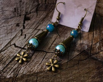 Cone sea green and turquoise with flower earring