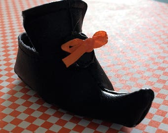 Witch Shoe PATTERN for Wellie Wishers