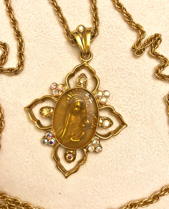 Vintage The Vatican Library Collection Gold Tone A