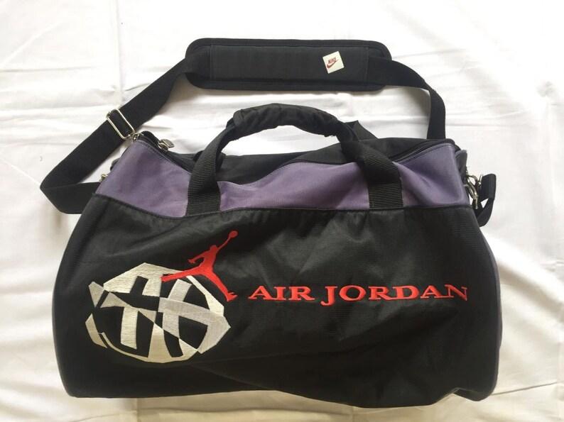09a61827021455 Vintage 90 s Nike Michael Jordan Multicolor Duffle Bag